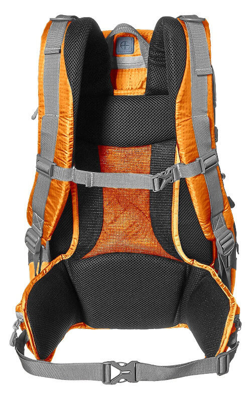 Mochila AmazonBasics Hiker - Acolchado de la espalda